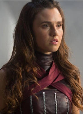 The Shannara Chronicles Amberle Elessedil jouet en peluche