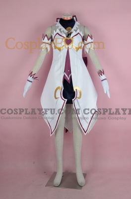 Aisha Cosplay (Dimension Witch) from Elsword