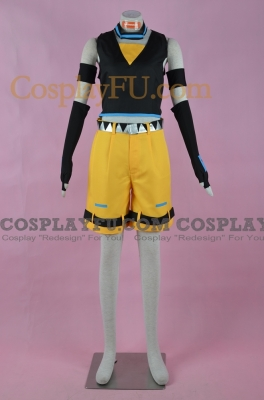 Akita Cosplay from Vocaloid