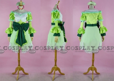 Ayesha Cosplay from Atelier Ayesha The Alchemist of Dusk