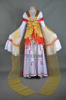 China Cosplay (Queen) from Axis Powers Hetalia