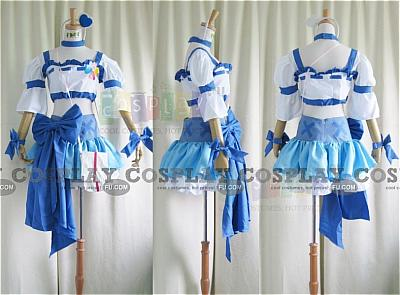 Cure Berry Cosplay from Fresh Pretty Cure