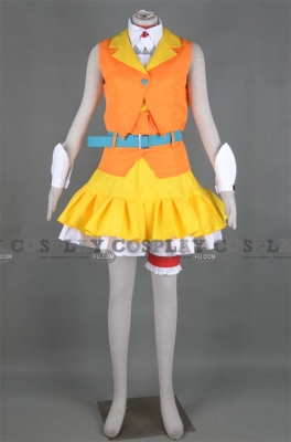 Gumi Cosplay from Vocaloid