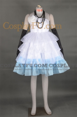 Miku Cosplay (Camellia) from  Vocaloid