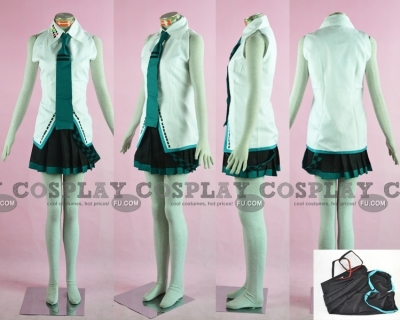 Miku Cosplay (Lat) from Vocaloid