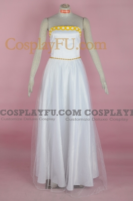Princess Serenity Cosplay from Sailor Moon