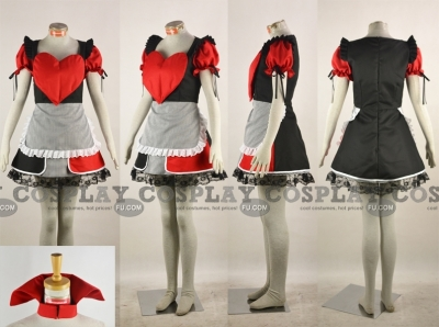 Queen of Hearts Cosplay from Alice in Wonderland
