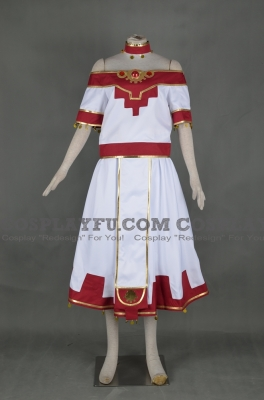 Sakura Cosplay from Tsubasa Reservoir Chronicle