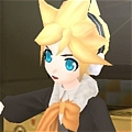 Len Cosplay (Asymmetry L) von Project DIVA